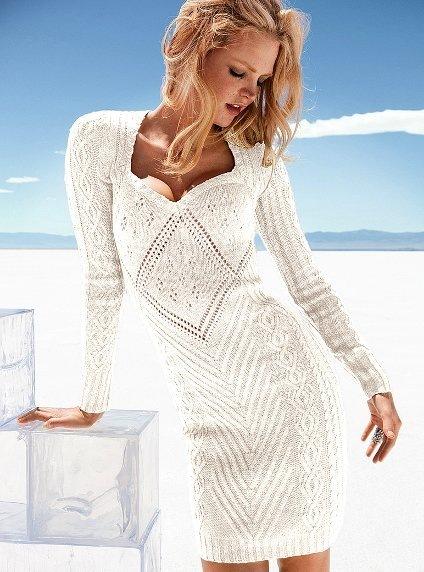 Белое платье с косами связано спицами 5 и 6 из пряжи (50% полиамида, 25% шерсти... Платье связано спицами 4