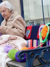 «Я думаю, это действительно хорошая идея - сделать город краше, и возраст для этого не помеха», - говорит 104-летняя Грэйс